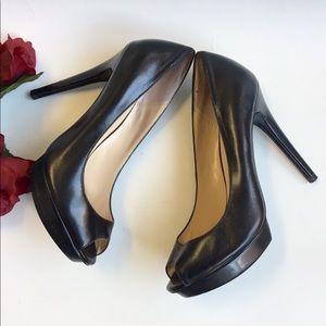 Bakers Kontesa platform peep toe leather heels